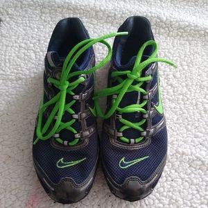 Nike women's or men's shoes